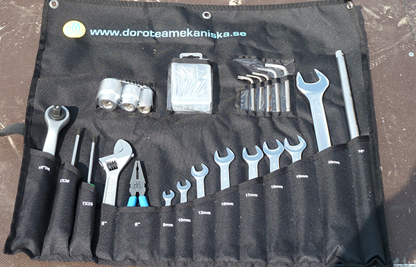 Tools for day-to-day service are included.